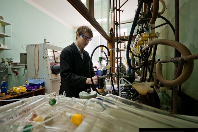 الأفكار المتاحة لعمل مشروع تخرج كيمياء