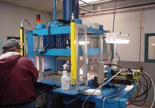 تصنيع البلاستيك - صناعة البلاستيك