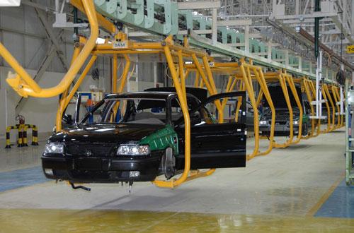 مصنع للسيارات