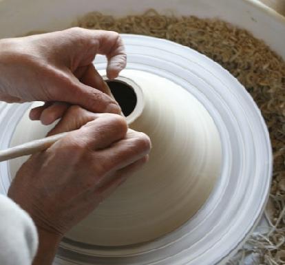 صناعة الخزف
